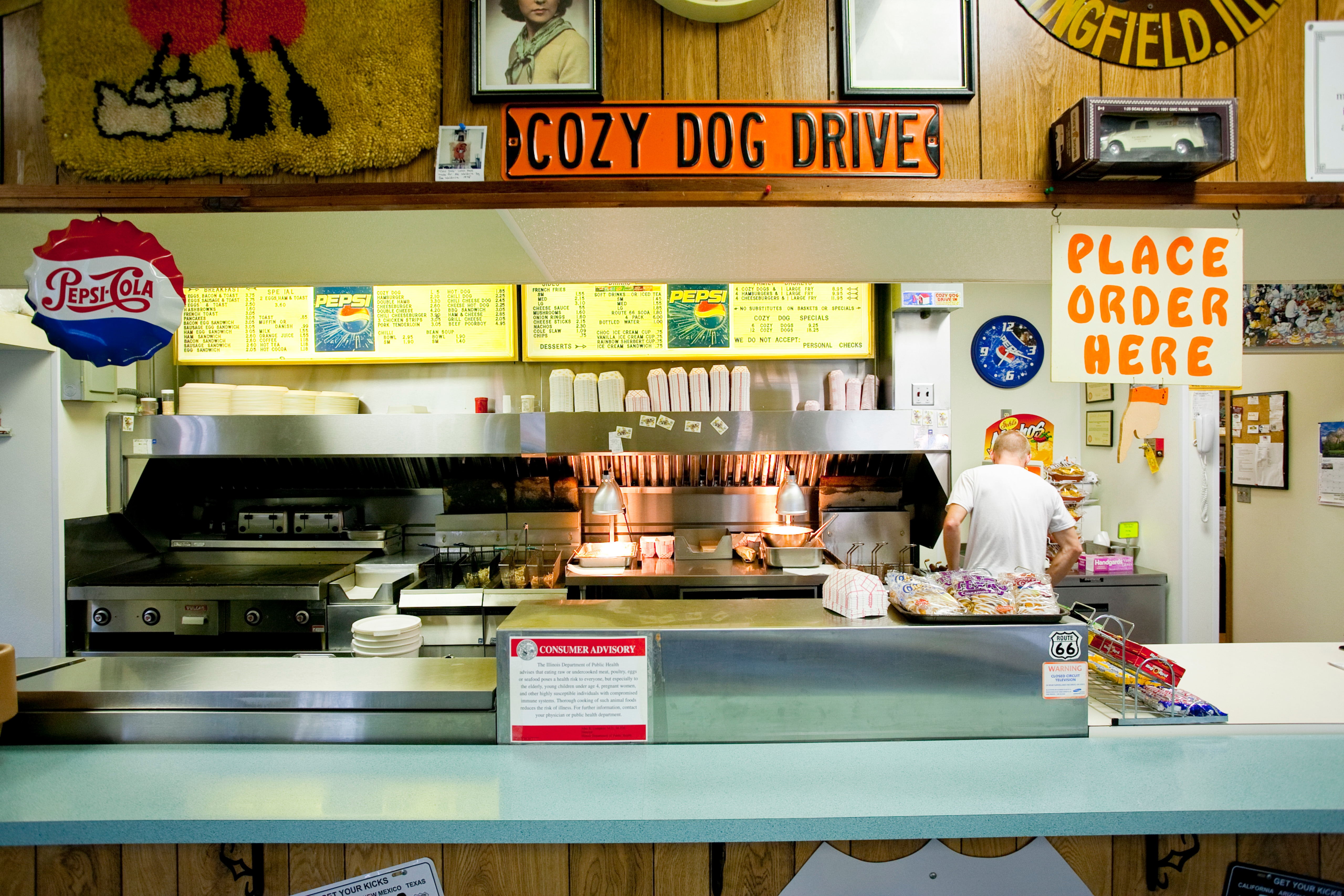 sites & attractions - cozy dog drive in