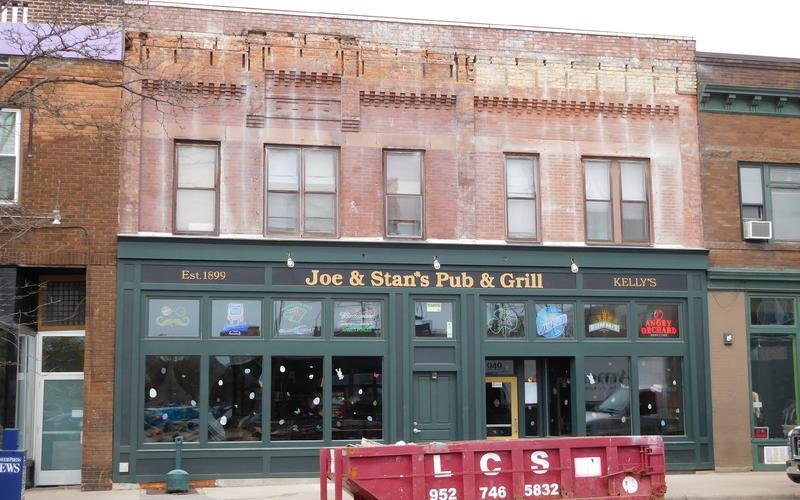 Joe & Stan's Pub & Grill