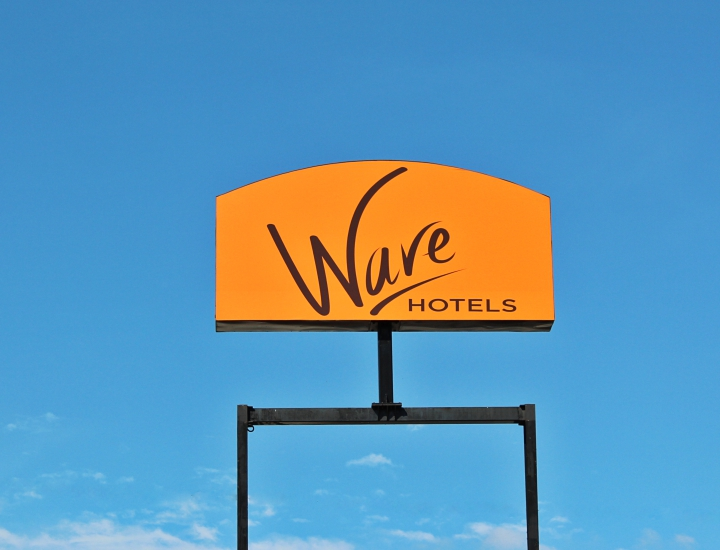 Wave Hotels