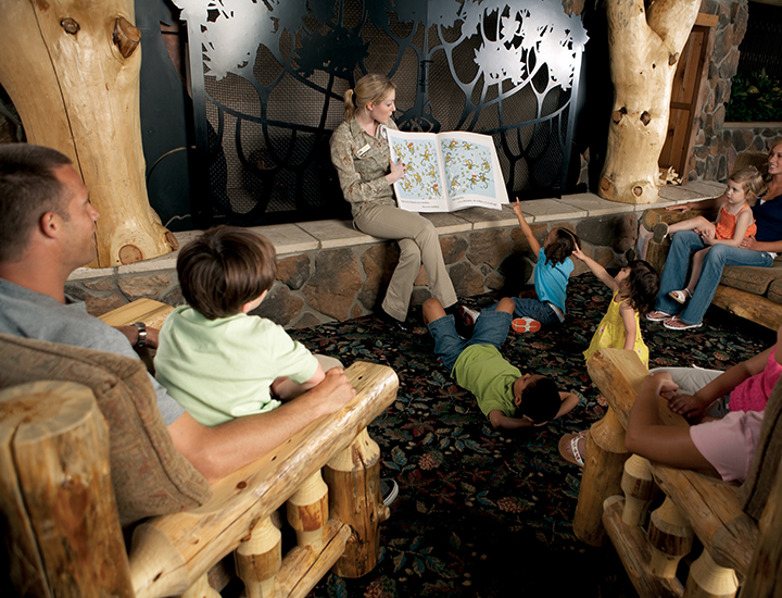 Animal education at Great Wolf Lodge