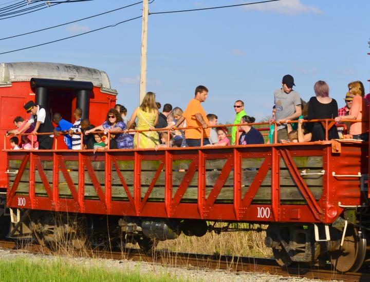 Open Air Car at LM&M Railroad   Lebanon, Ohio
