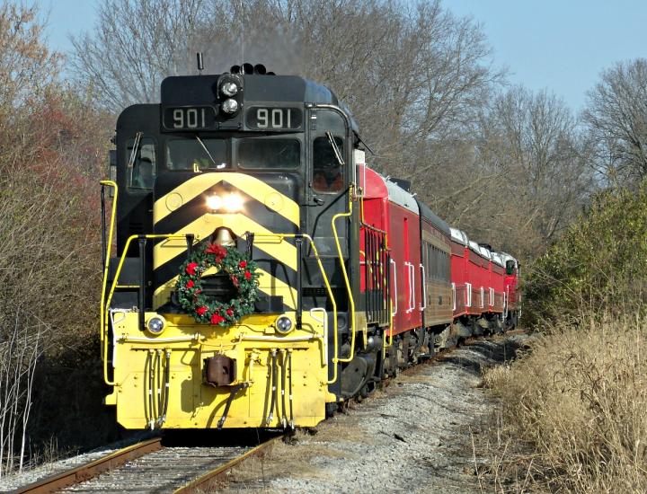 Christmas Train in Lebanon   LM&M Railroad