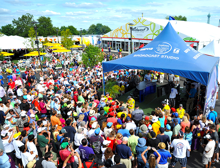 Getting signatures from the pros | Western & Southern Open
