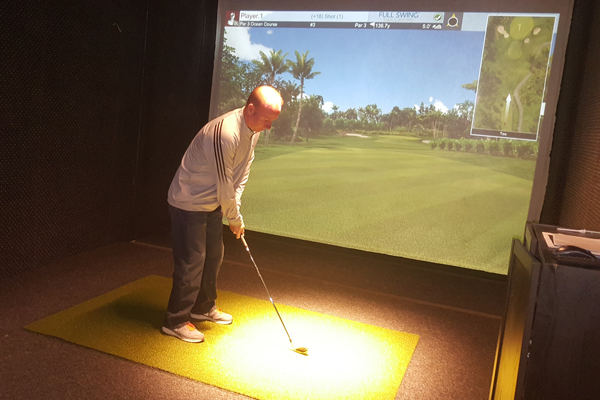 Riley's on the Green Indoor Golf