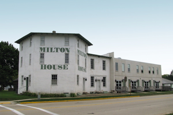 Twilight Tours & Tastings at the Milton House Museum