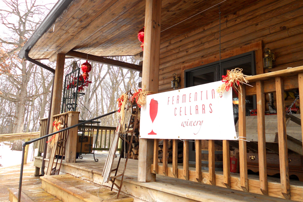 Sign Party at Fermenting Cellars