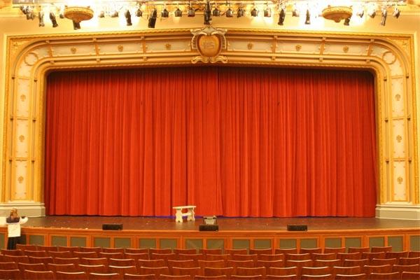 Main Stage Revue