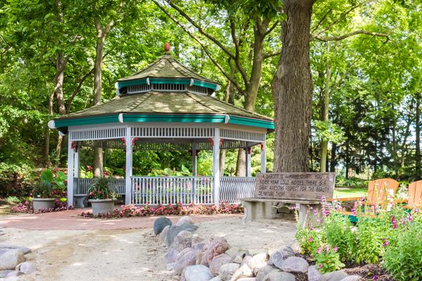 Garden Art Auction