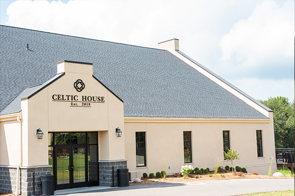 Glen Erin - Celtic House