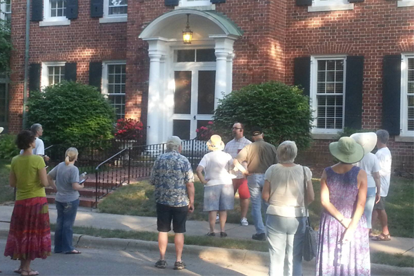 Walking Tour of Courthouse Hill Historic District