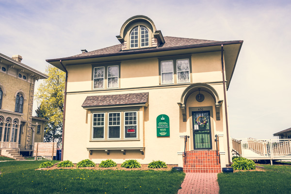 Walking Tour of the Look West Historic District
