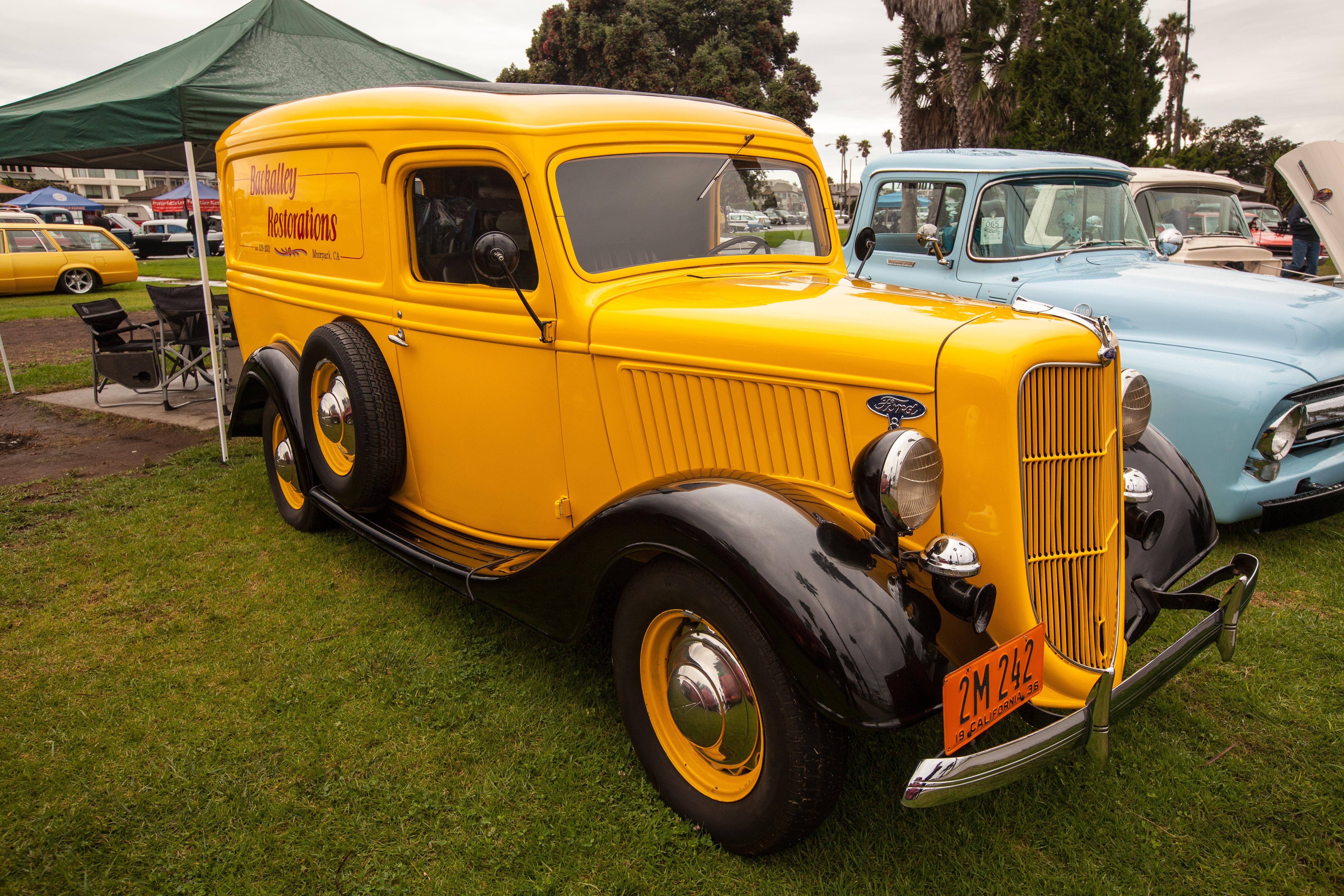 Roam'n Relics 38th Annual Car Show