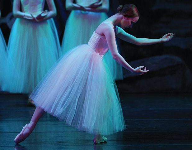"""Footworks Youth Ballet """"Giselle"""""""