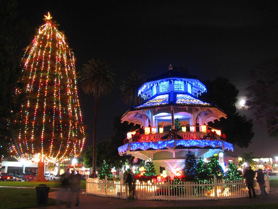 68th Annual Oxnard Tree Lighting Ceremony