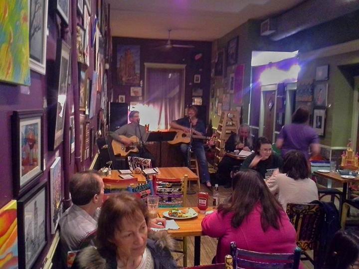 Test B Buzz Café